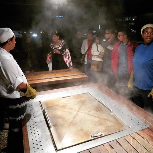 火山地帯名物、スチーム料理。 #airnzjp #link_nz #rotorua #matariki