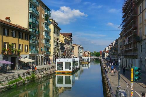 I chioschi galleggianti sul #Naviglio by Ylbert Durishti