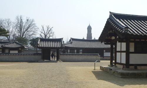 Co-Jeonju-Hanok-Gyeonggijeon (37)