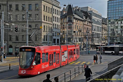 switzerland geneva tram tango tpg route14 stadler be610 igcom transportspublicgenevois meyringravière placedecornavin
