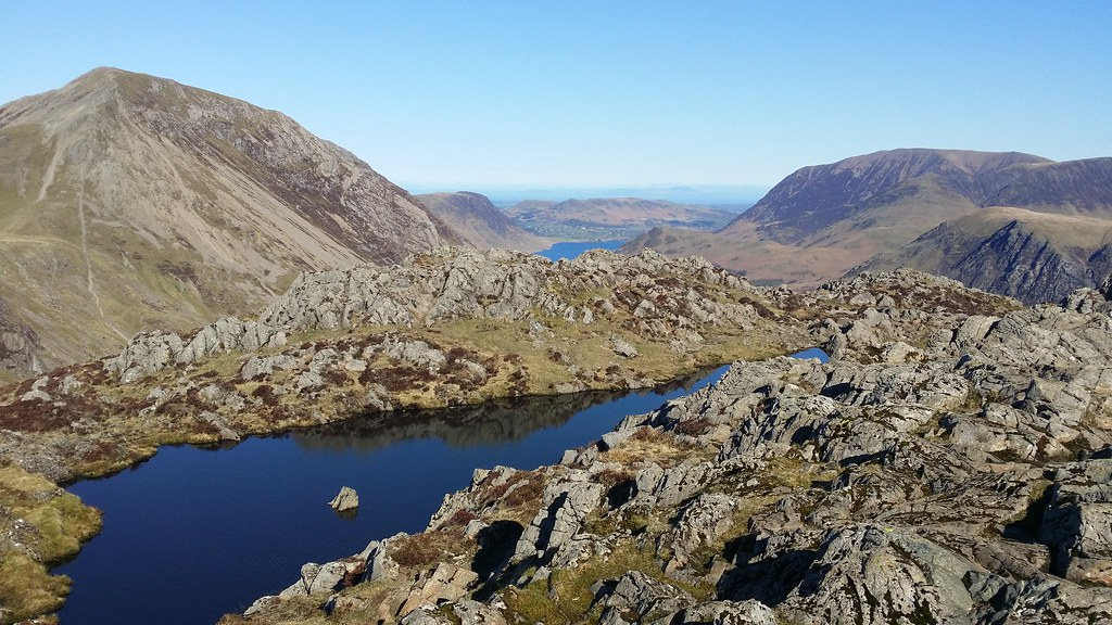 Haystacks summit Tarn #sh