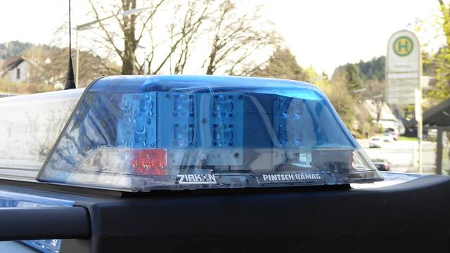 pintsch bamag zirkon led deutsche polizei leuchtbalken flickr photo sharing. Black Bedroom Furniture Sets. Home Design Ideas