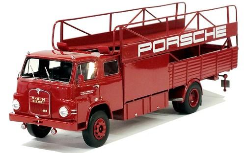 18 Schuco MAN 685 squadra corse Porsche
