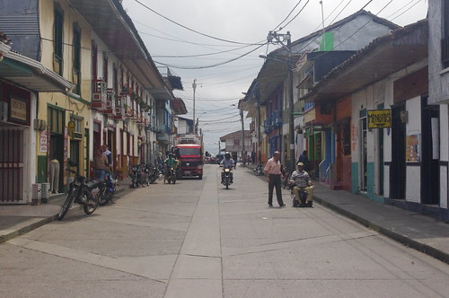 street city light cloud mountain color colour art heritage monument colors beautiful architecture clouds america landscape town site amazing colombia colours view action south centro central historic national american armenia andes huge region department active cordillera centrale caldas municipality filandia quindío