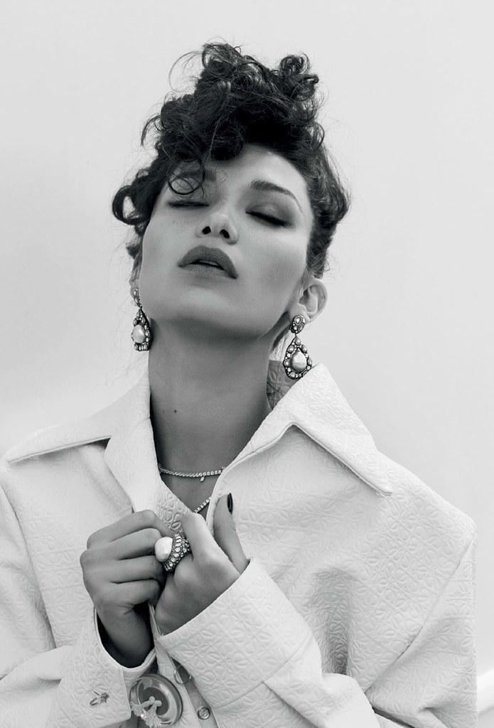 Белла Хадид — Фотосессия для «Vogue» TR 2016 – 4