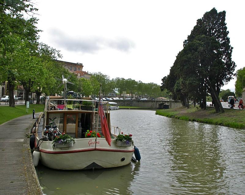 Carcasona. Canal du Midi