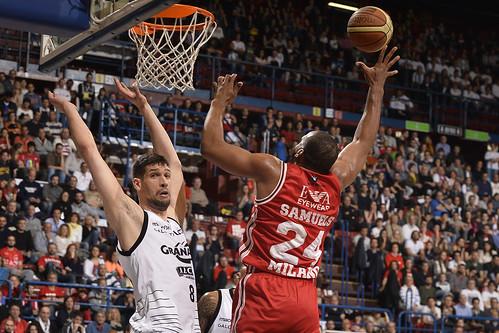 L'Olimpia torna dominante contro Bologna