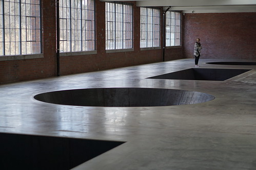 DIA BECON NY - Modern Abstract Art