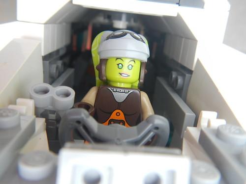 MOC] Minifigure Scale Rebels Phantom with base - LEGO Star Wars ...