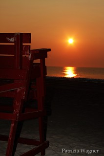 Lifeguard Chair Sunrise-001