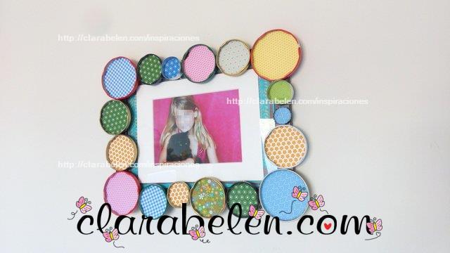 Reciclar tapas y tapones para decorar un marco