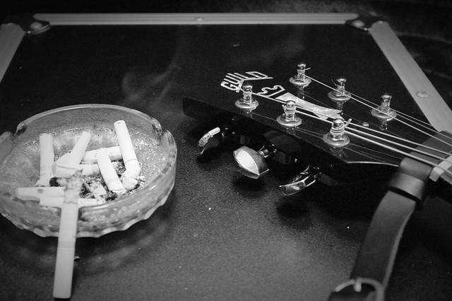 Photo:Smoke on the Strings By SATOSHI TOMIYAMA