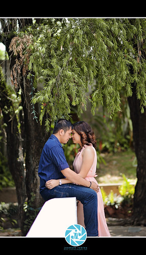 E Session │ Joseph Russel + May Sunshine