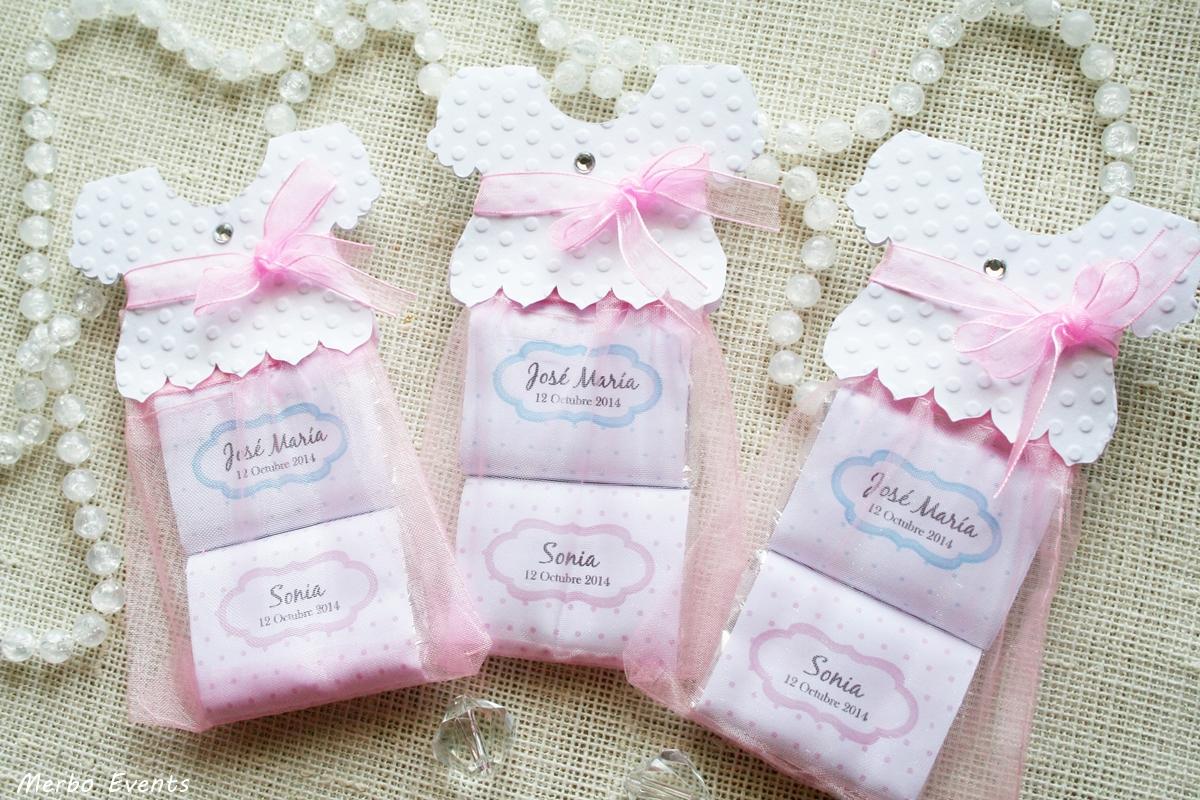 Faldones de bautizo: chocolatinas personalizadas Merbo Events