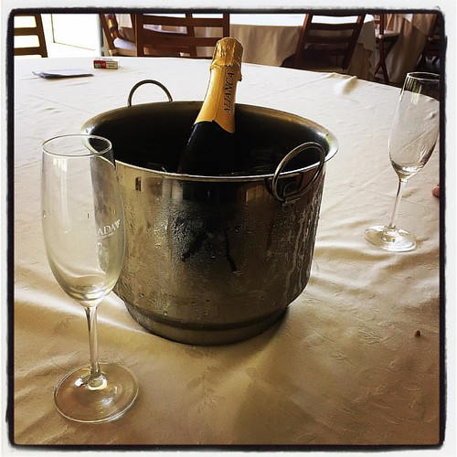 4ª e última garrafa do almoço. Temos que regressar a penates. #mugasa #grandealmoço
