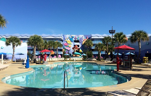 Orlando - Disney World - Disney's Art of Animation Resort - The Little Mermaid - The Flippin' Fins Pool