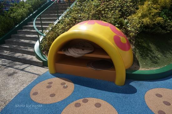 USJの子どもの遊び場 クッキーモンスターのすべりだい