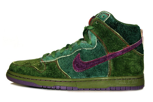 THE RADDEST WEED THEMED SNEAKERS 7