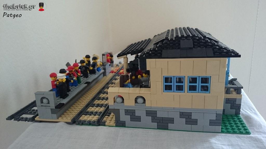 MOC - Train Station 26906757811_8ef84384c5_b