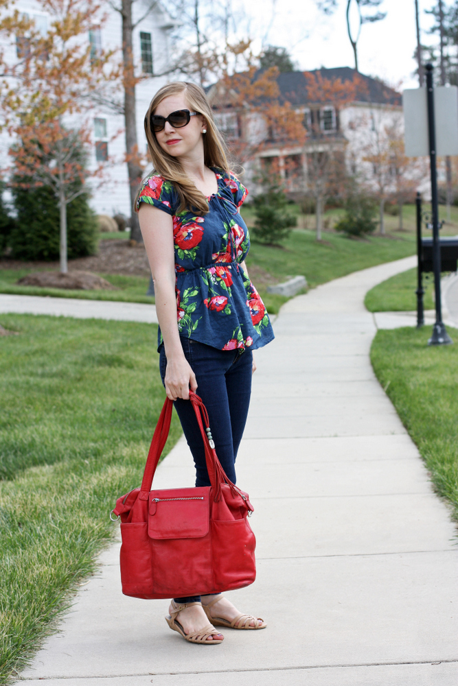 Spring florals + sandals from @everydayreading