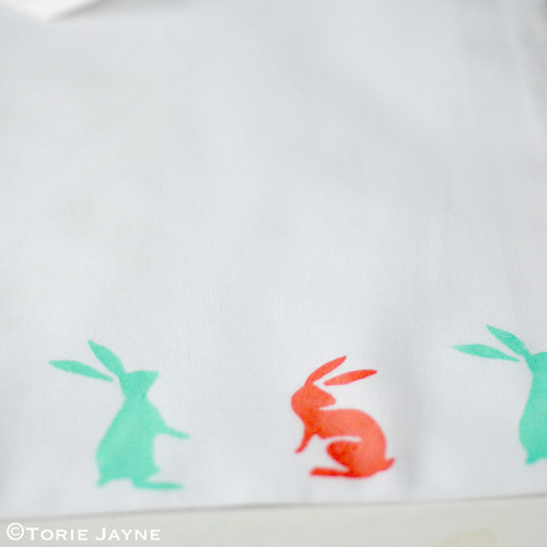 Hand printed bunny stencil bag tutorial
