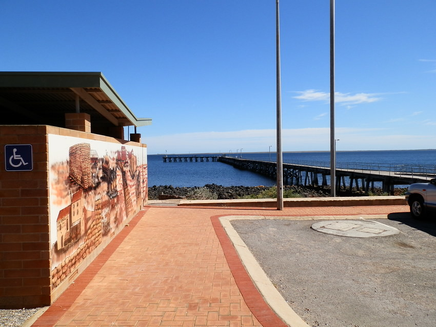 Port Victoria's cool mural AND outlook, Yorke Peninsula, South Australia