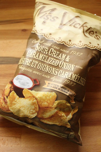 Product Review of Miss Vickie's Sour Cream & Caramelized Onion Potato Chips