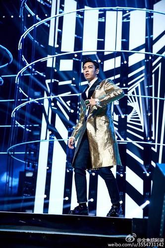 BIGBANG Hunan TV 2015-12-31 (49)