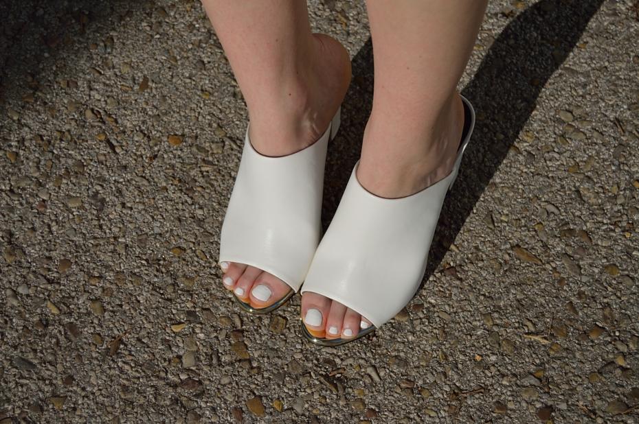 lara-vazquez-mad-lula-fashion-blog-heels-style-girly