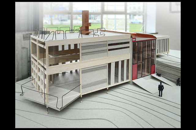 plan house for sale - 24hr living toy - maquette 01 1980 price c (bureau europa maastricht 2015)
