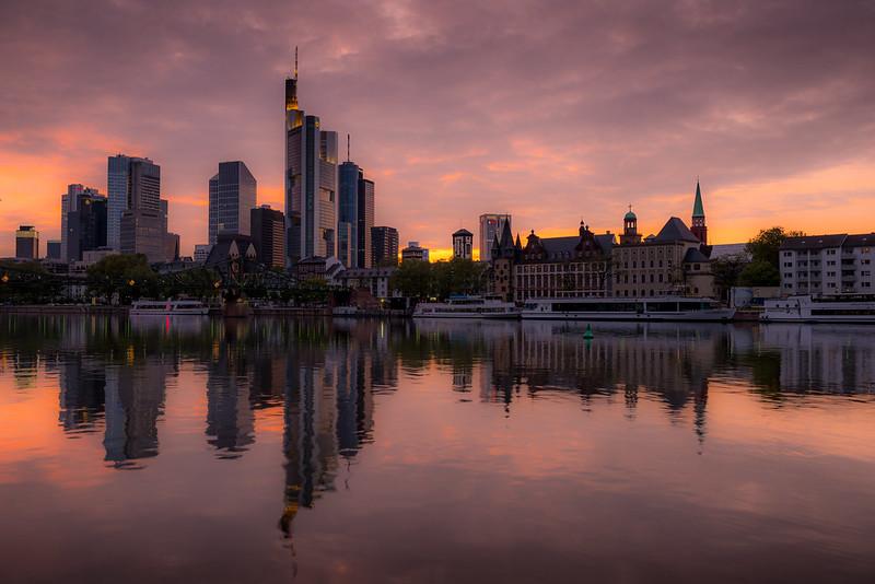 Frankfurt Sonnenuntergang D80_2262