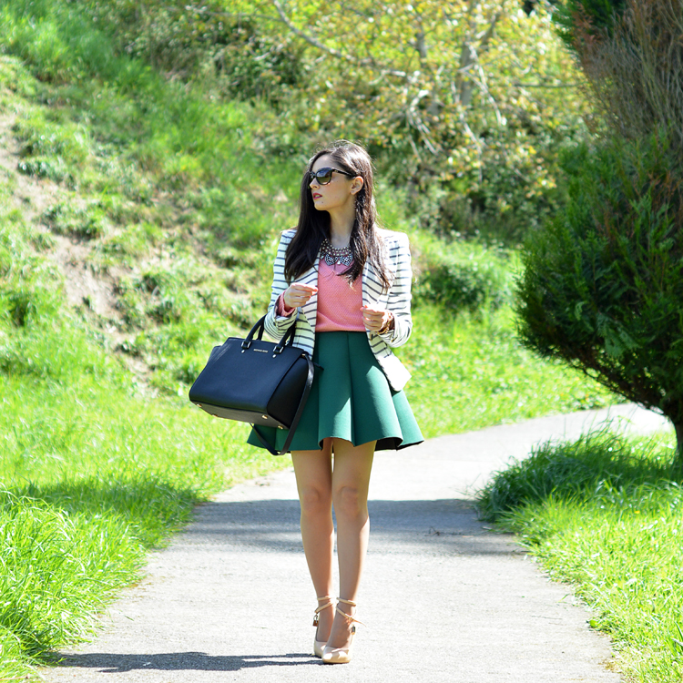 zara_ootd_outfit_falda_neopreno_como_combinar_rayas_coral_04