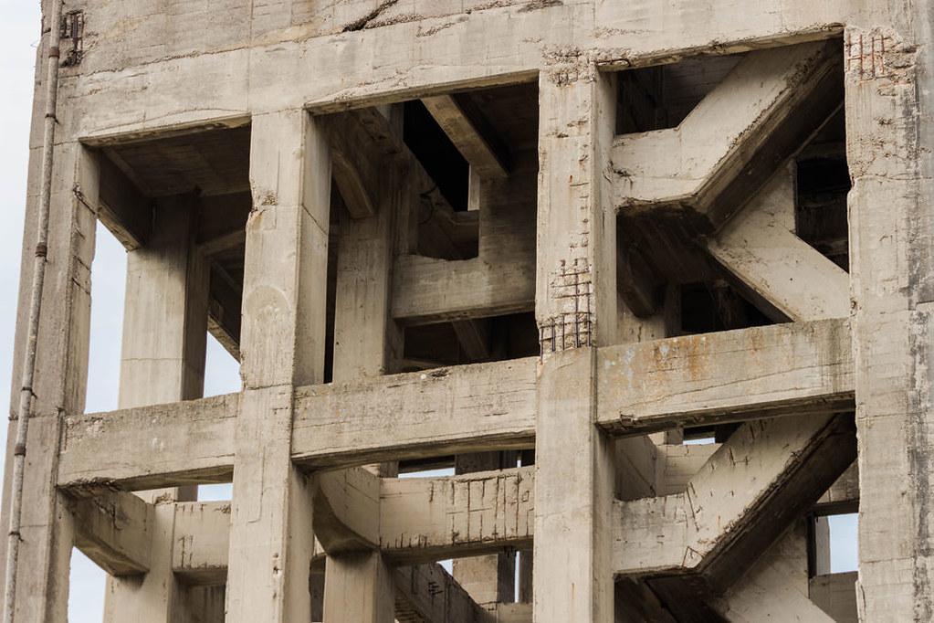 志免鉱業所竪坑櫓の内部は不思議な感じ