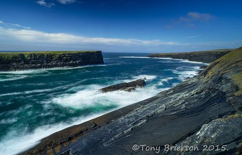 ocean waves cliffs coclare kilkee loophead altanticcoast wildatlanticway