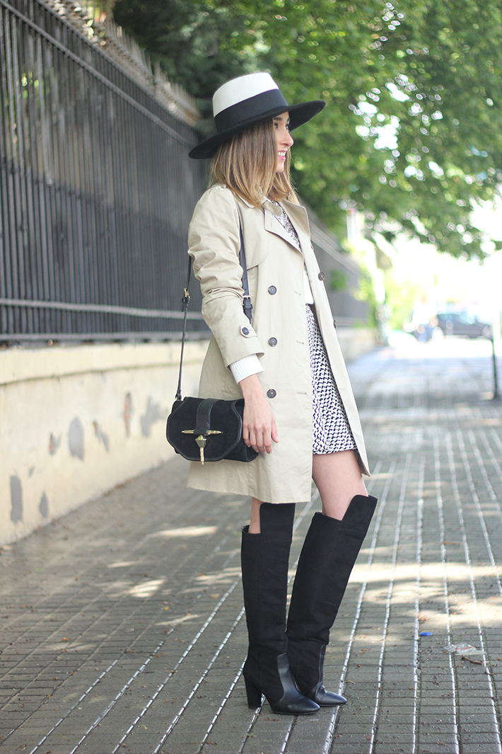 trench black and white hat black boots12