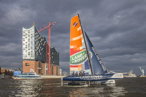 2015-05-08 Land Rover Extreme Sailings Series - Hamburg Port Anniversary (_MG_7690)