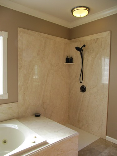 Daino Reale Marble Shower and Tub