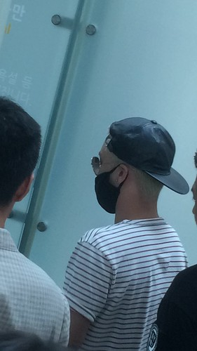 Big Bang - Incheon Airport - 29may2015 - Seung Ri - 李家小少爷VVV - 04