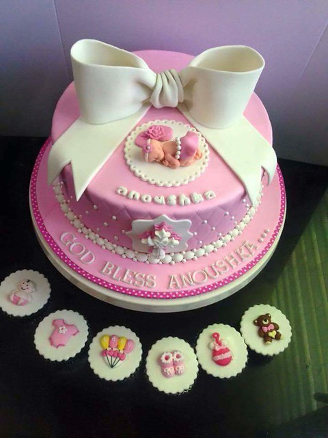Baby Shower Cake by Haydee Ico