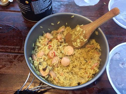 Torres del Paine: trek du W. Jour 4: riz curry aux saucisses Knacki pour le soir.