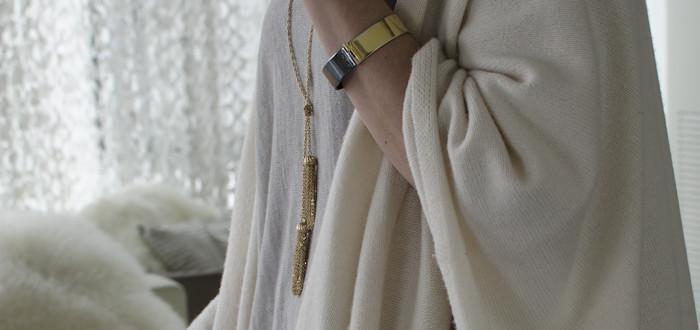 blanket time, forever21 tassel necklace, adia kibur mora bracelet, vicne gray jeans, dash dot dotty, wearing gray to work, babaton lenny