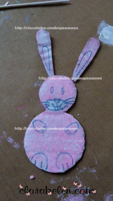 Como hacer un conejo de Pascua de carton