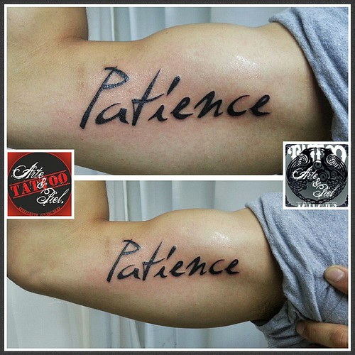 #patience #paciencia #biceps #caligrafia #tattooarteypiel #tatuajes #artisticos #leviathoth #odhin #isaaccelis #aguascalientes #mexico #tattooink #tattooart #tattooist #tattoo