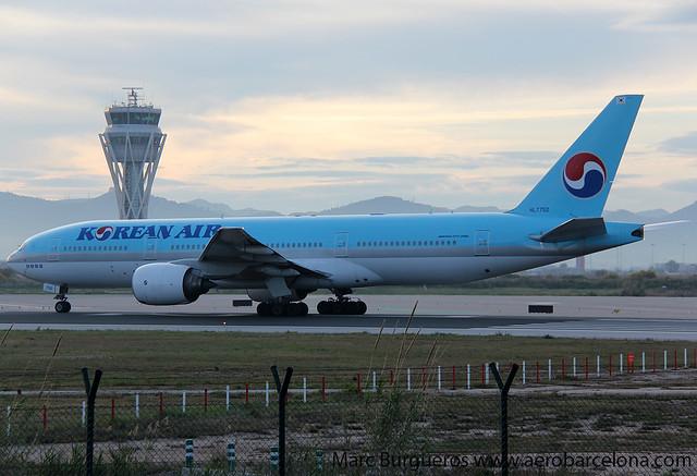 KOREAN B777 HL7752