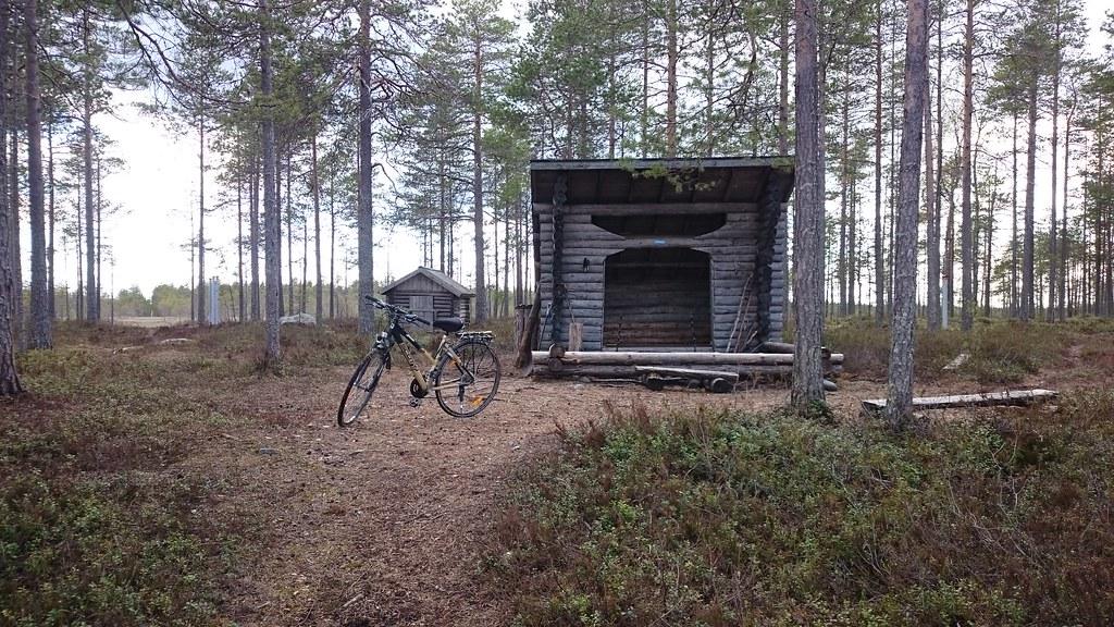 11.5. Pyörälenkillä Tervajärvellä.