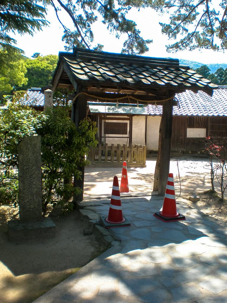 杉家旧宅の門