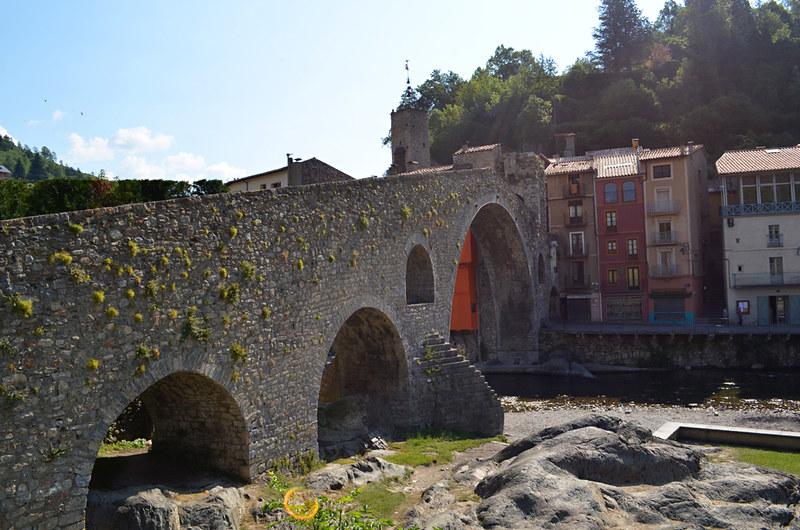 Pont Nou, Camprodon, Pyrenees, Spain