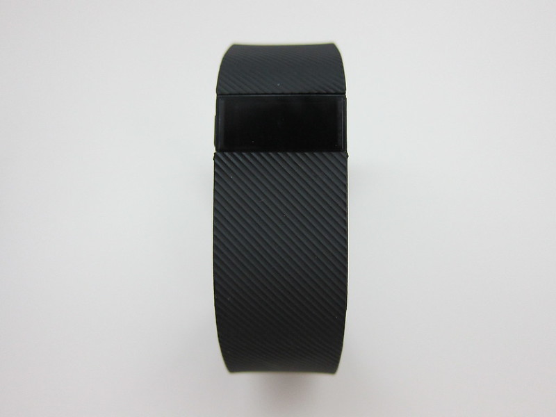 Fitbit Charge - Front