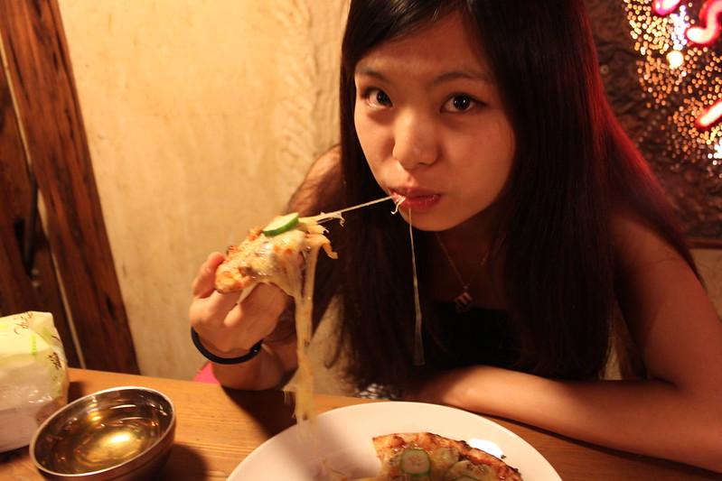 17度C大陸沙發客-西門町美食-美觀園-SOFREE披薩 (23)
