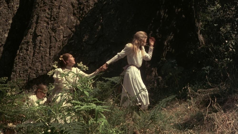 piknik pod wiszącą skałą 17